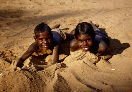 two-kids-in-the-dirt-m